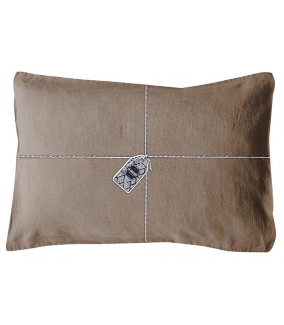 taie oreiller rectangle en lin lav coloris taupe pressing de la cote. Black Bedroom Furniture Sets. Home Design Ideas