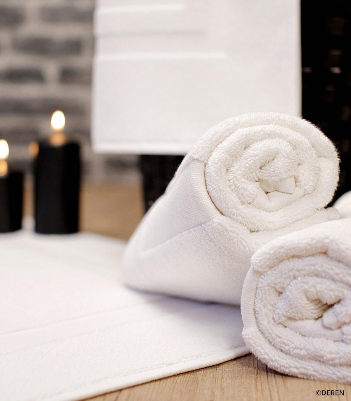 tapis de bain pressing de la cote. Black Bedroom Furniture Sets. Home Design Ideas